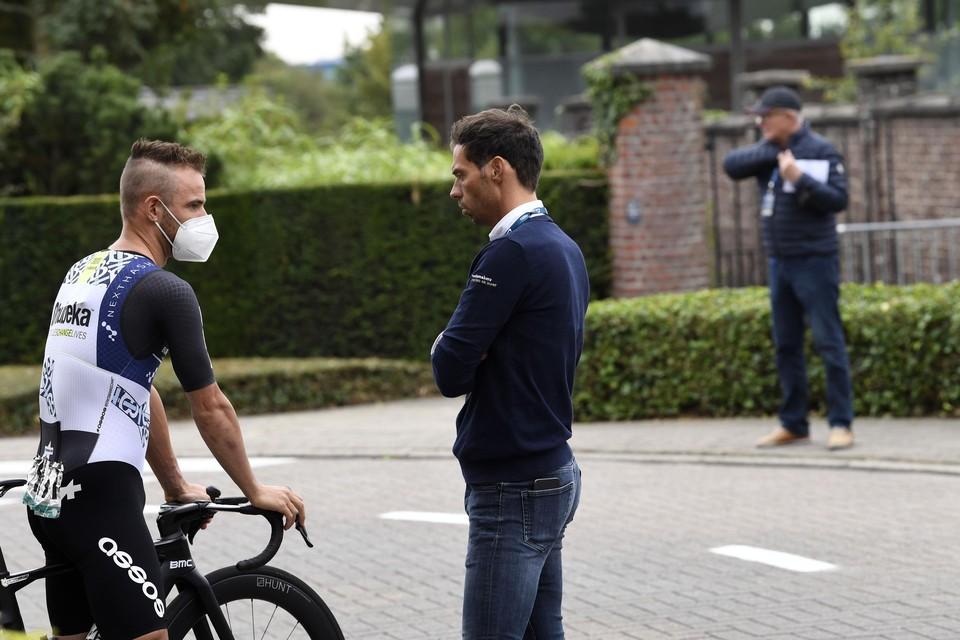 Victor Campenaerts met bondscoach Sven Vanthourenhout.