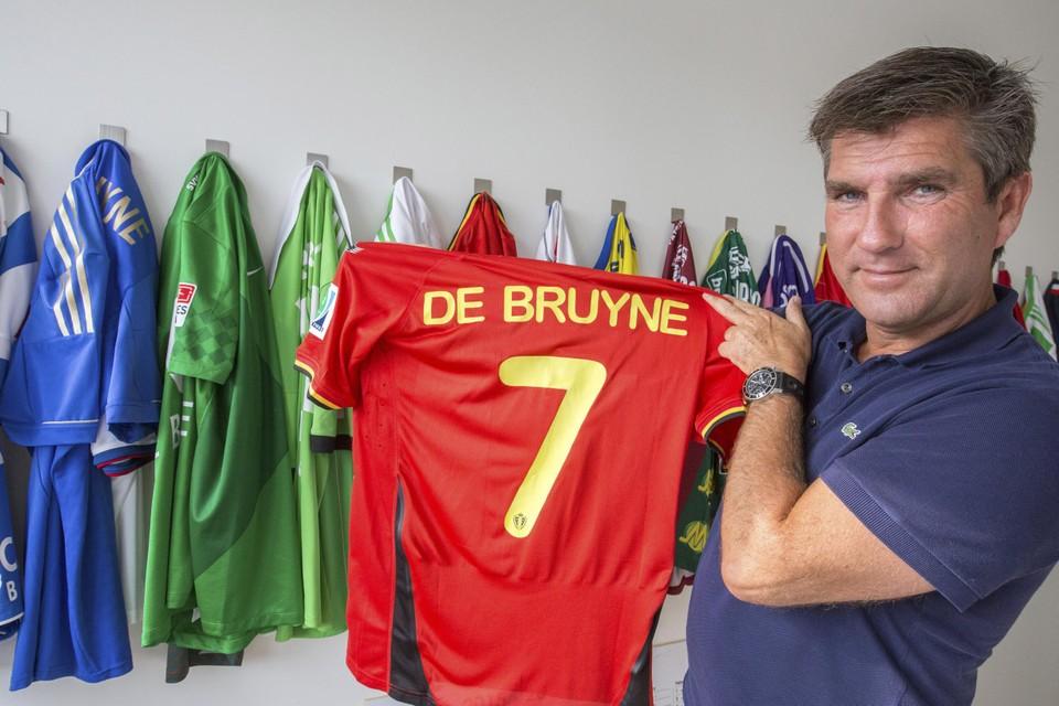 Patrick De Koster, makelaar van De Bruyne, blijft tot nader orde in de cel.