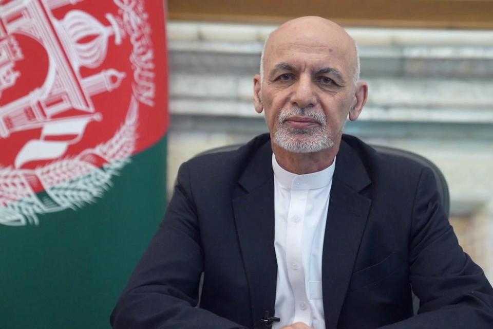 De taliban zouden akkoord geweest zijn met een overgangsperiode van twee weken voor ze Kaboel binnenvielen, terwijl President Ashraf Ghani tijdelijk op zijn post zou blijven.