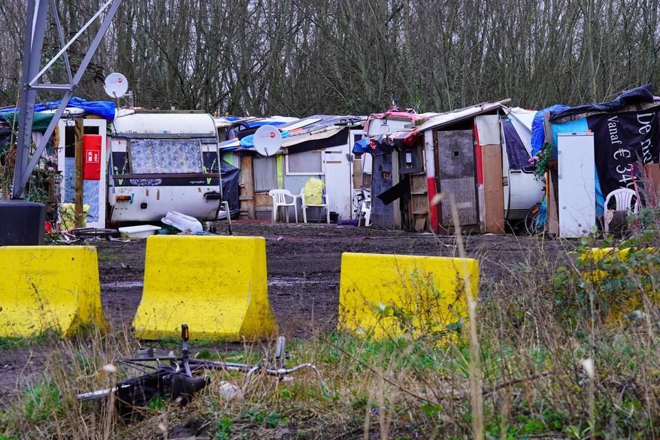 Tot vorig jaar leefde een aantal Romagezinnen in geïmproviseerde kampen. Dit is verleden tijd, en de buurtstewards staan mensen bij die overal in de stad wonen.