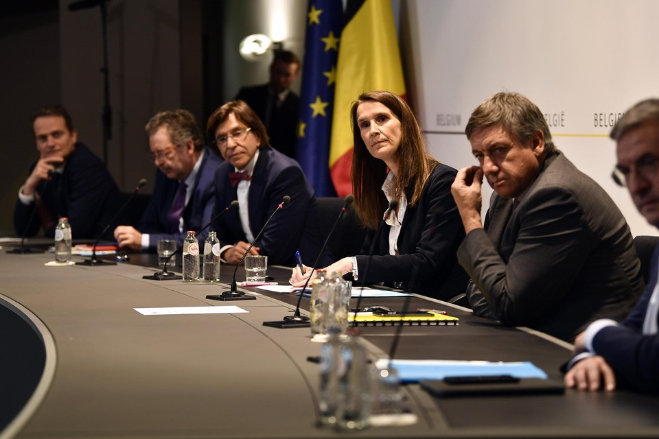 Woensdag komt de Nationale Veiligheidsraad opnieuw samen. Van adviesorgaan Celeval wordt tegen dan een rapport met beleidsvoorstellen verwacht.