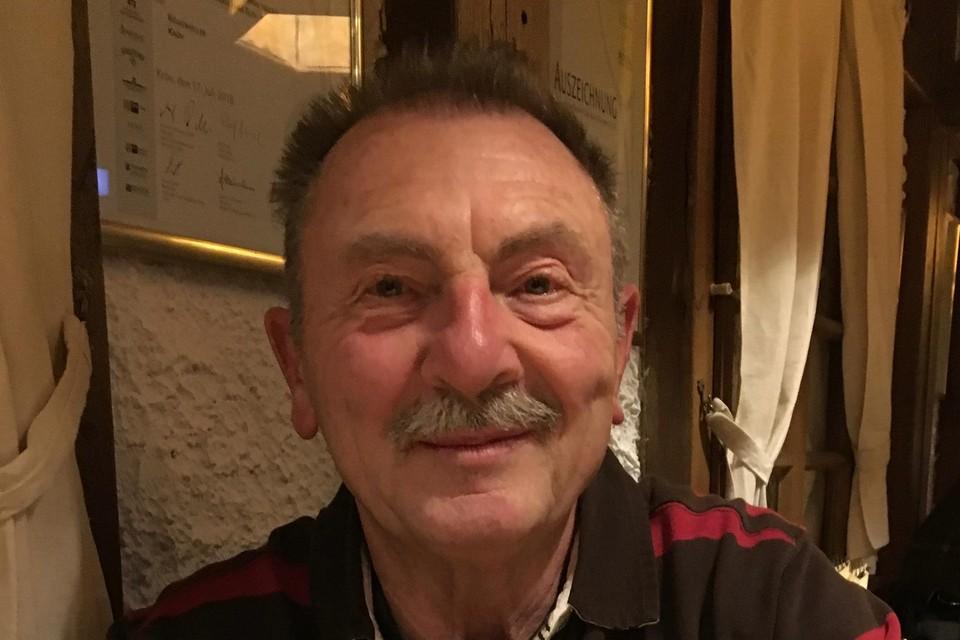 André Van Keirsbulck had het hele seizoen alleen gefietst door corona, maar wilde er tijdens de seizoensafsluiter wel bij zijn. Het werd zijn allerlaatste rit.