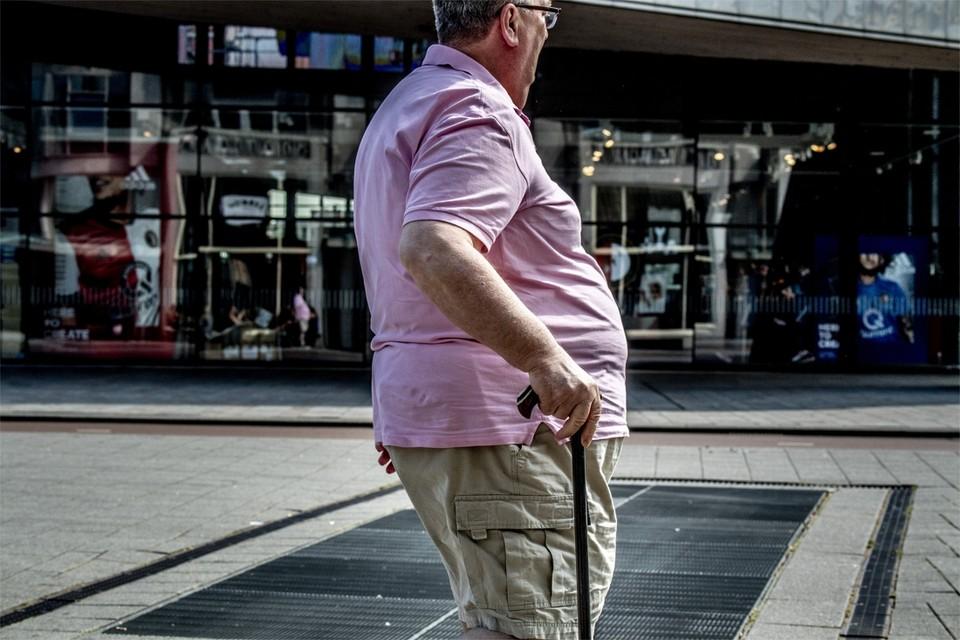 Behalve hoge leeftijd en vooraf bestaande aandoeningen als diabetes is obesitas een nieuwe indicator voor een zwaar verloop.