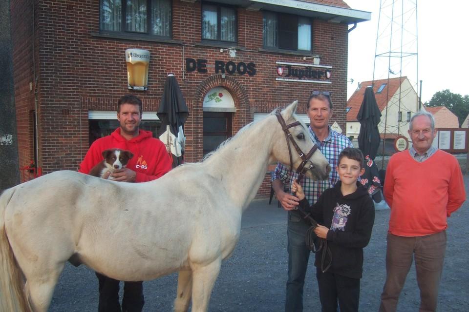 Zondag vindt opnieuw een pony en Jack Russelskeuring plaats.