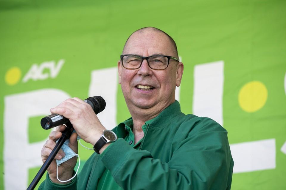 Volgens ACV-topman Marc Leemans loopt de sociale zekerheid door alle uitzonderingen jaarlijks 16 miljard euro mis.