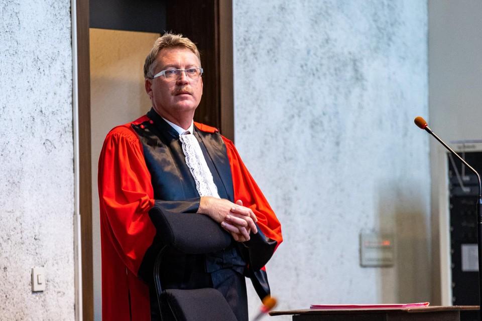 Aanklager Serge Malefason op het assisenproces.