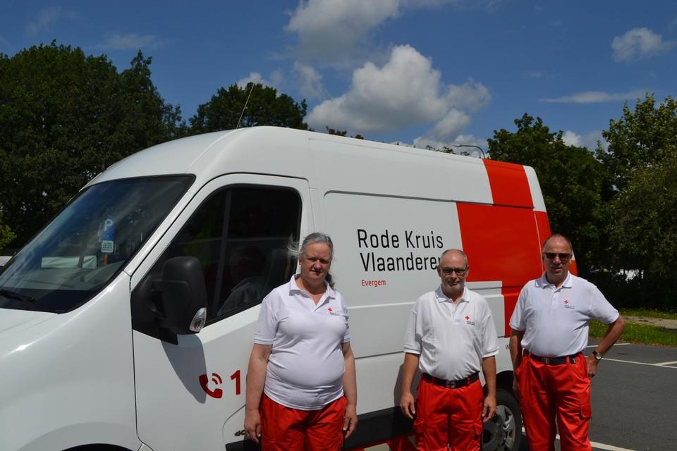 Ronny Van Moorhem, Marleen Maegerman en Martin Lasseel van Rode Kruis Evergem.
