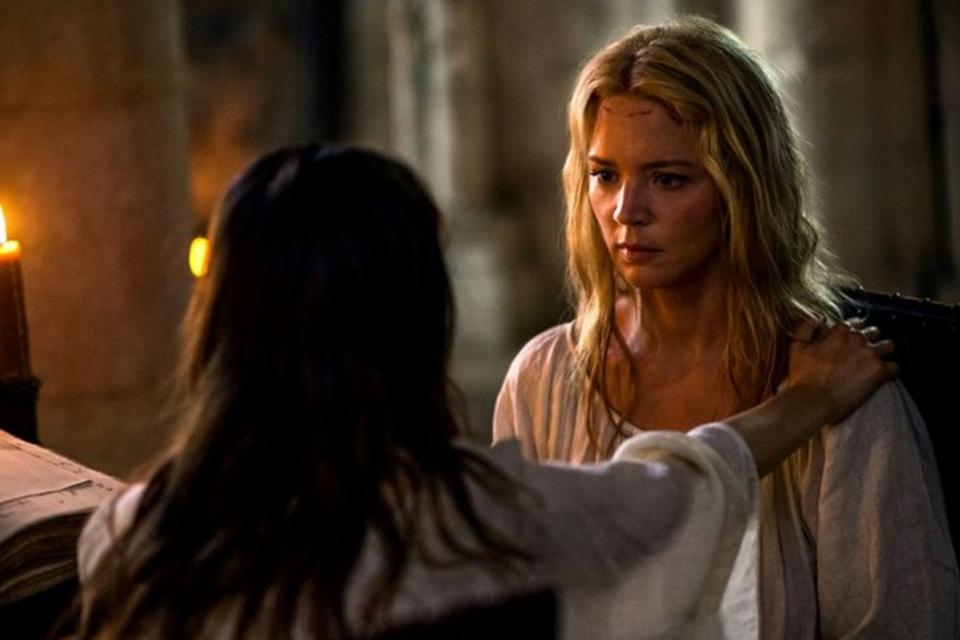 De Belgische Virginie Efira speelt haar hoofdrol met verve in 'Benedetta'