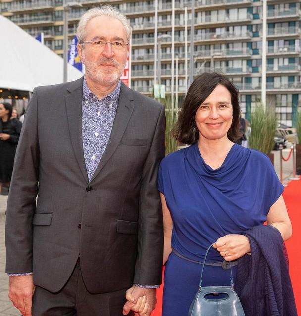 Tv-maker Bruno Wyndaele en zijn partner Jes, die samen het productiehuis De Filistijnen leiden.