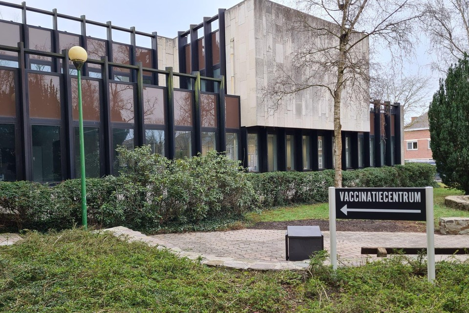 Het vaccinatiecentrum van Tienen blijft tot 15 oktober open, net als dat van Landen.