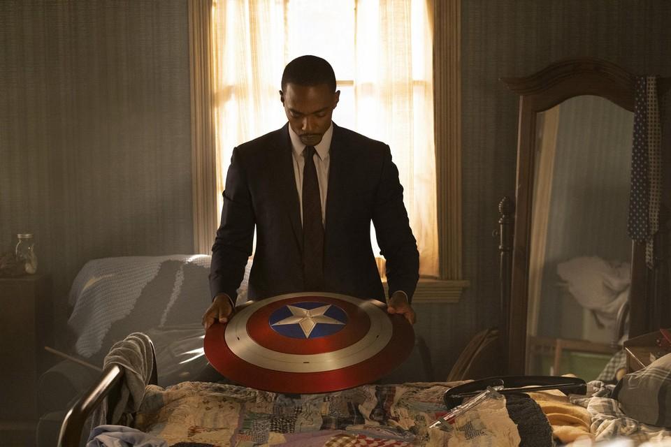 Anthony Mackie is voortaan Captain America.
