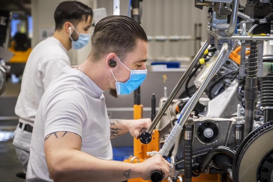 In productiebedrijven zal de discussie over de mondmaskers moeilijker zijn