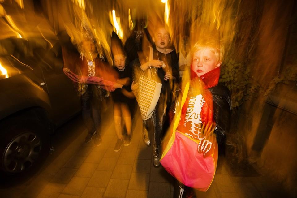 Verklede kinderen die van deur tot deur trekken: het is verboden in Wallonië de komende weken.