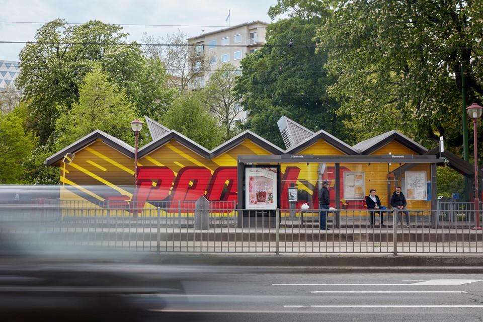 Narcisse Tordoir veranderde samen met zijn zoon Yvon de tramhalte op de Mechelsesteenweg tot een blijvende sociale sculptuur.