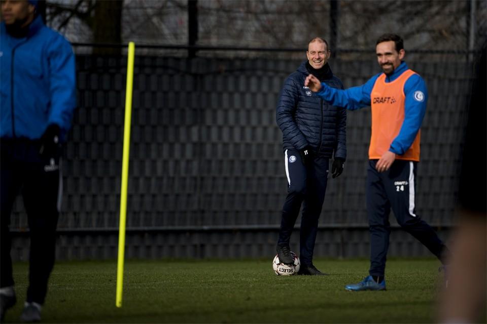 Sven Kums is er tegen Anderlecht niet bij, dus moet Thorup een oplossing vinden. Hij heeft echtere meerdere opties.