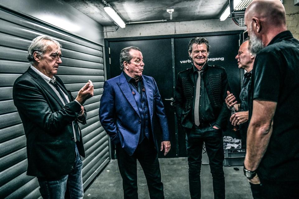 30 jaar geleden losten De Kreuners 'Hier en nu', een album dat anno 2020 leest als een