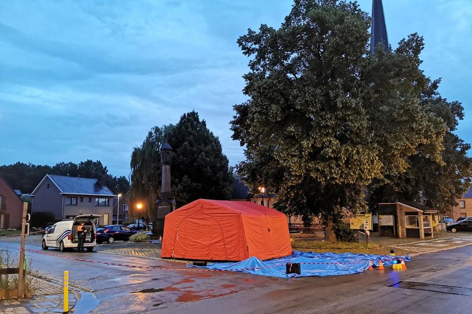 Het steekincident vond plaats vlakbij de kerk in Weerde.