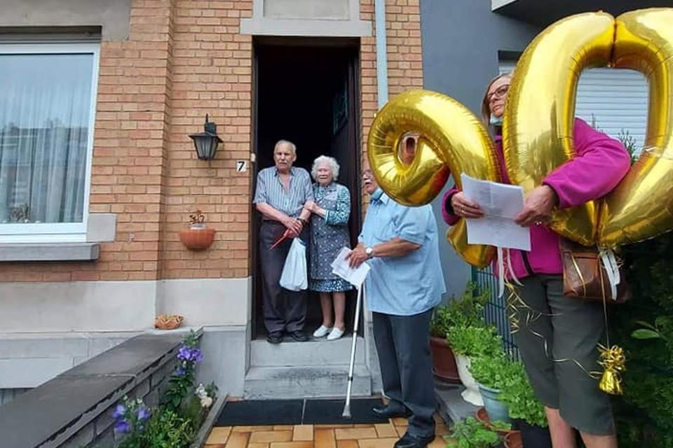 De Zellikse fanfare verraste Julien met een stoepconcert voor zijn negentigste verjaardag.