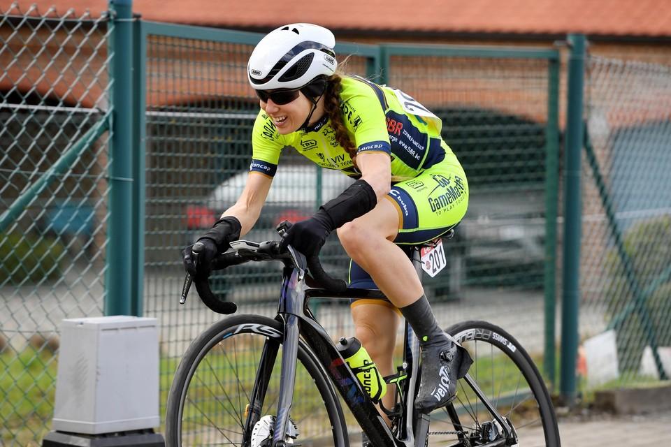 Een tweede plaats in Landen bezorgde Naomi De Roeck de provinciale titel.