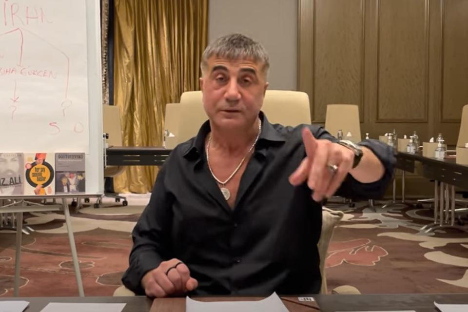 Sedat Peker in zijn meest recente video