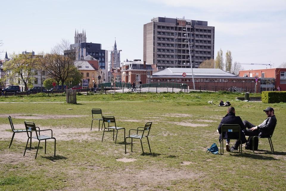 In het Coyendanspark blijven er nog 33 van de 46 stoelen over.