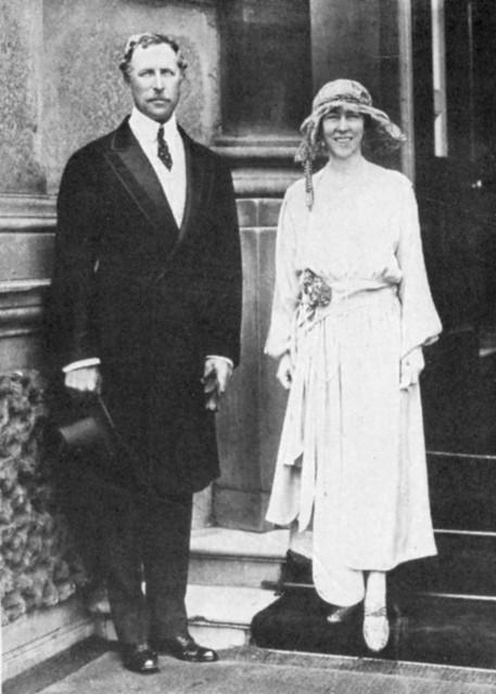 De later verongelukte koning AlbertI met koningin Elisabeth.