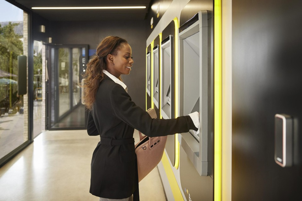De eerste Batopin-automaten zijn nu al op zes locaties geopend.