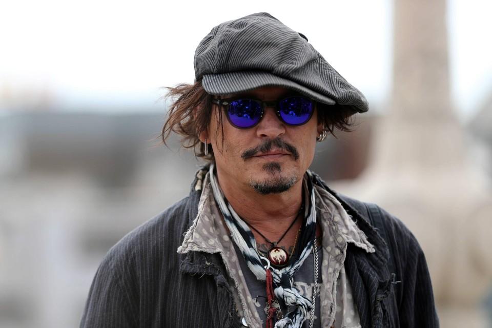 Johnny Depp is nog niet klaar met Amber Heard. De acteur kreeg toestemming om zijn rechtszaak tegen zijn ex-vrouw verder te zetten.