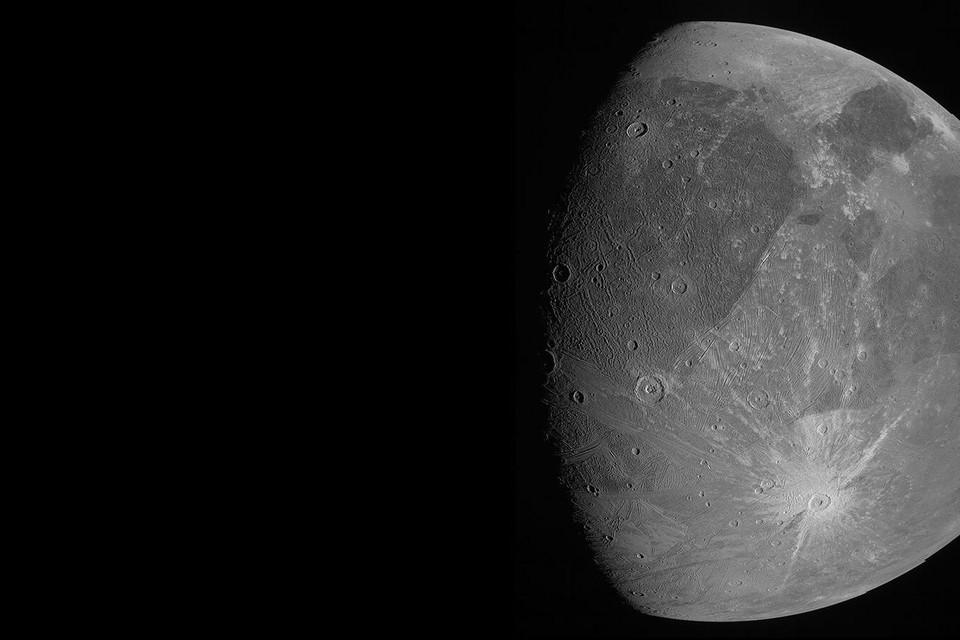 Europa, niet het continent, maar wel de maan rond gasreus Jupiter.