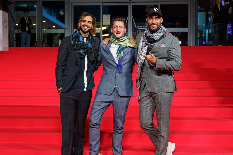 Adil El Arbi (links), Bilall Fallah (rechts) en Mathieu Mortelmans, die de overige afleveringen regisseerde.
