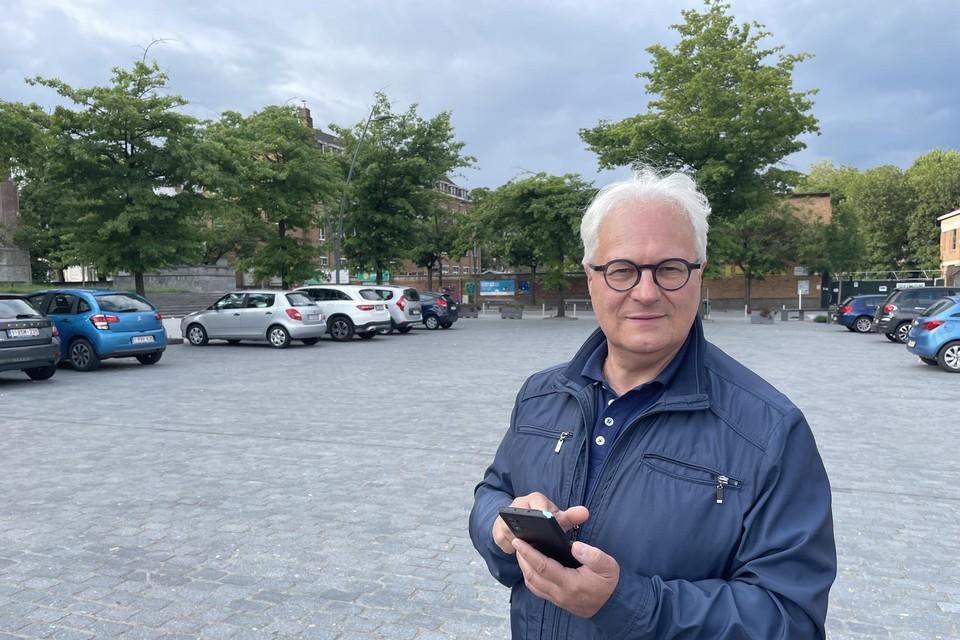 """""""In Strombeek kan je nu gratis surfen op het internet"""", zegt schepen Philip Roosen."""