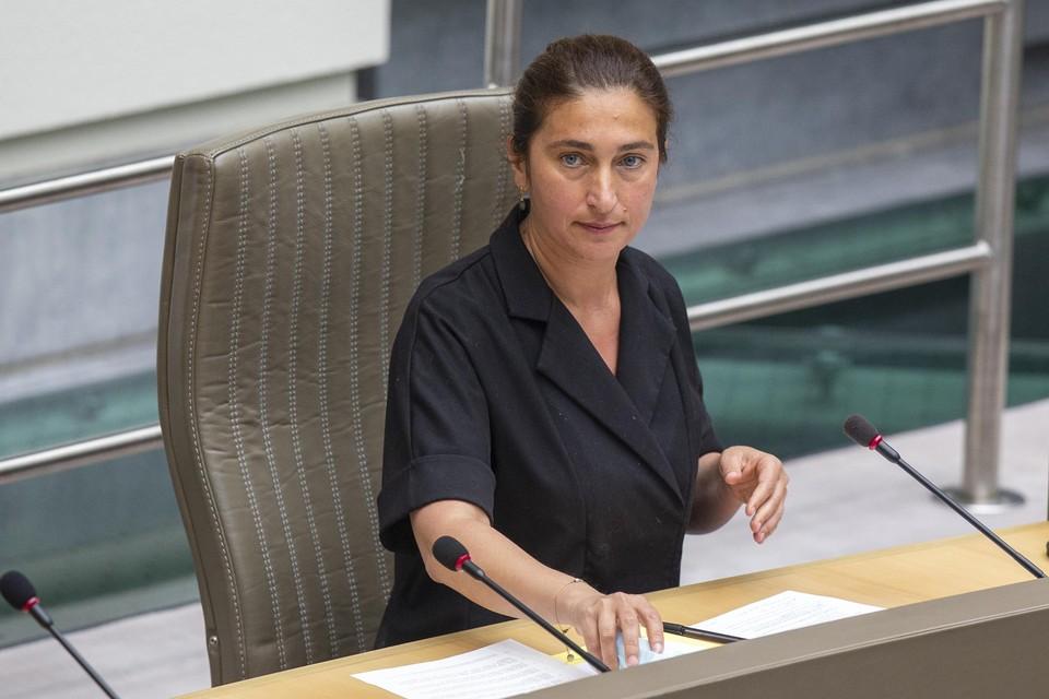 Enkel erkende laboratoria zullen nog bevoegdheid krijgen, besliste de Vlaamse regering op voorstel van minister van Omgeving Zuhal Demir.