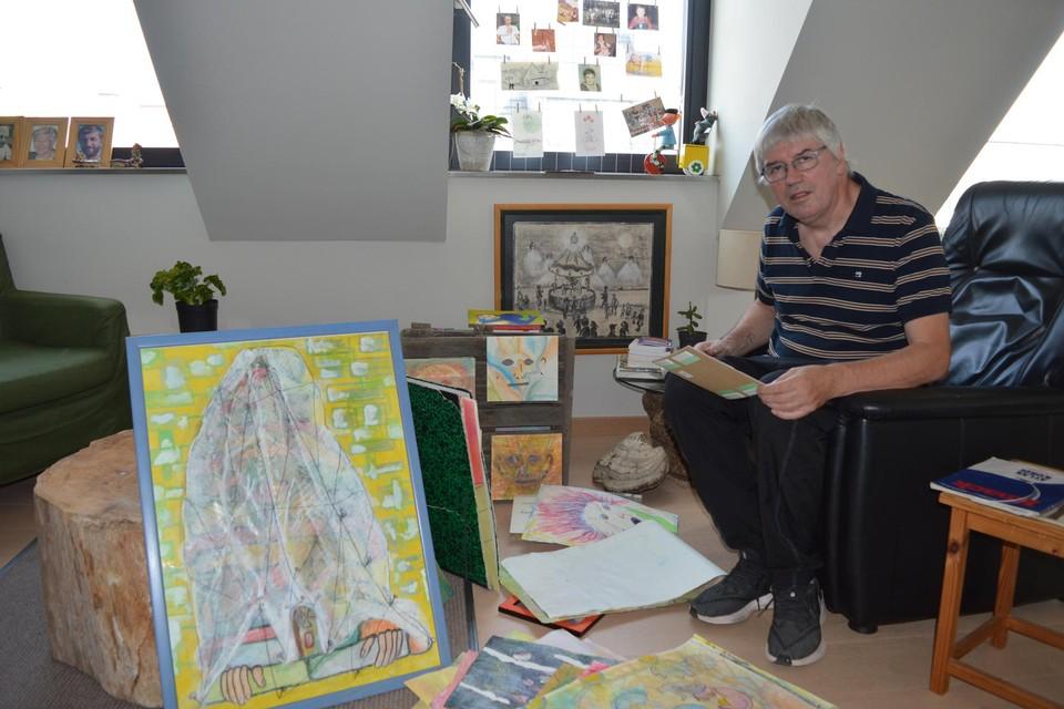 Hij is nog maar vier jaar bezig, maar Johan Van Troos heeft een opmerkelijk oeuvre bijeen getekend.