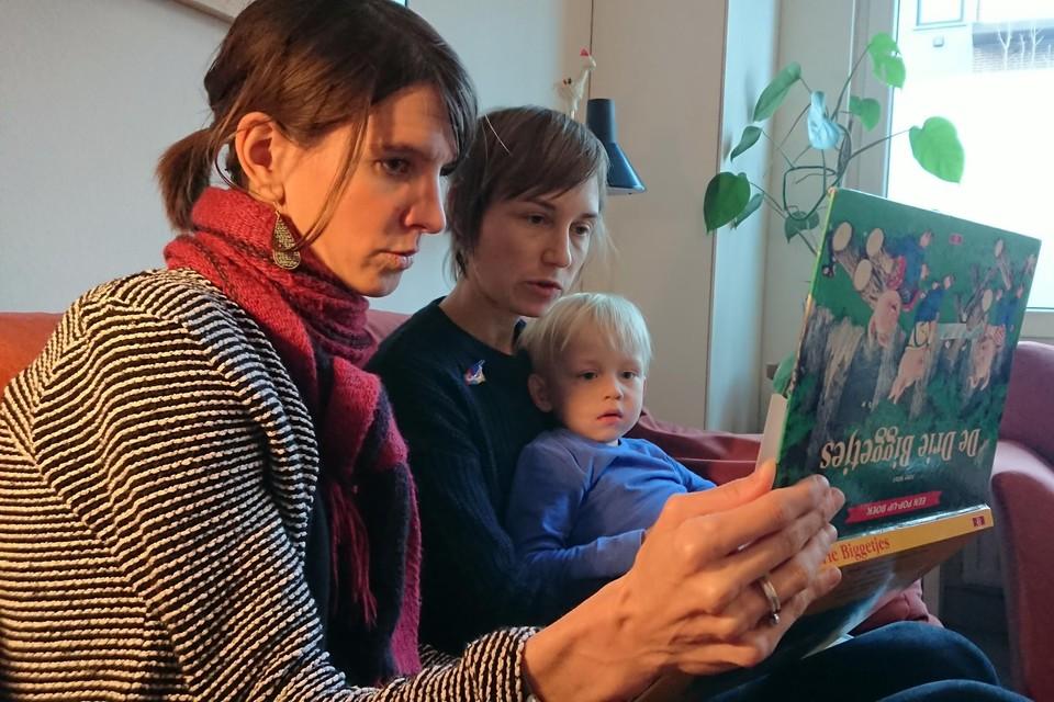 De vzw Uilenspel organiseert huiswerkbegeleiding.