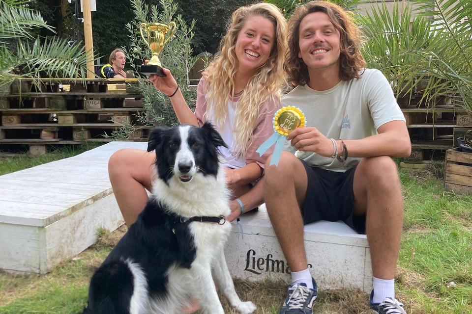 Caroline Deloof, Wouter Adriaenssen en hun hond Woody
