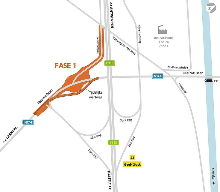 De tijdelijke werfweg die het noord-zuidverkeer op de N174 moet volgen, maakt de aanleg van de rotonde mogelijk zonder verkeershinder.