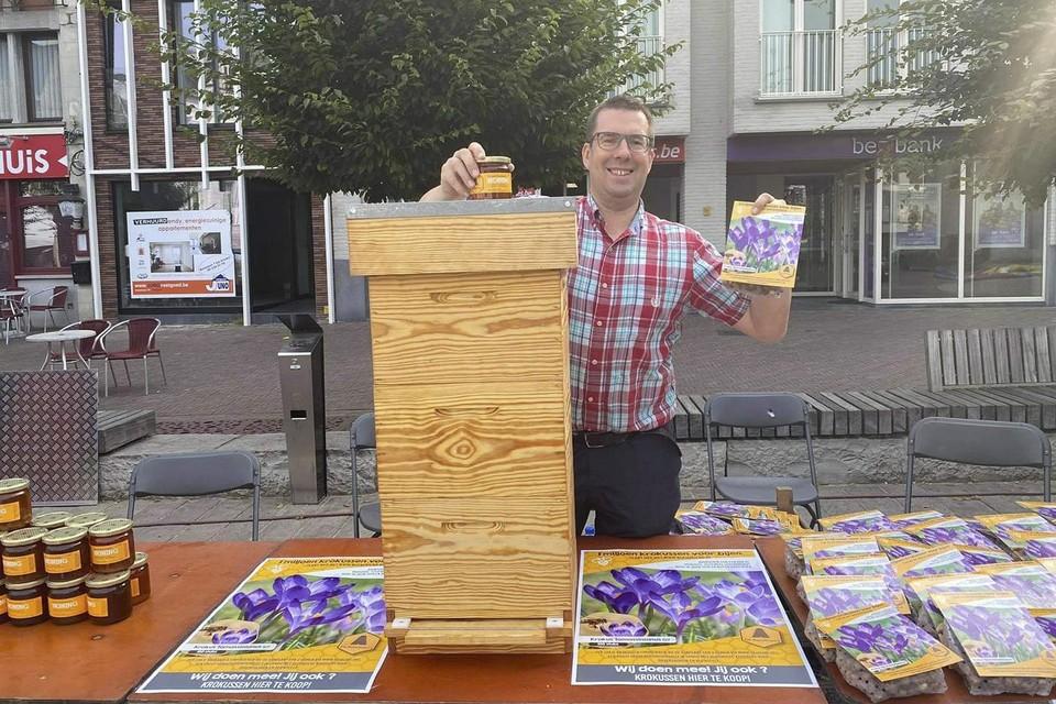 Jan Heytens tijdens de promotie voor zijn project op de Markt in Zottegem