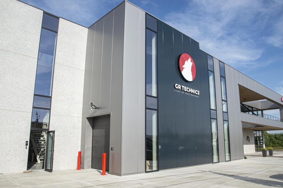 In de Beemdenstraat in Beerse nam GR Technics, een producent van mobiele camera- en lichtmasten en energiesystemen, een moderne nieuwbouw in gebruik.