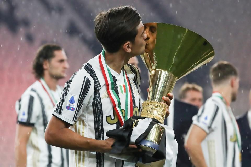Paulo Dybala leidde Juventus naar de negende titel op rij.