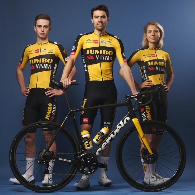 De nieuwe outfit en Cervélo-fiets van Team Jumbo-Visma