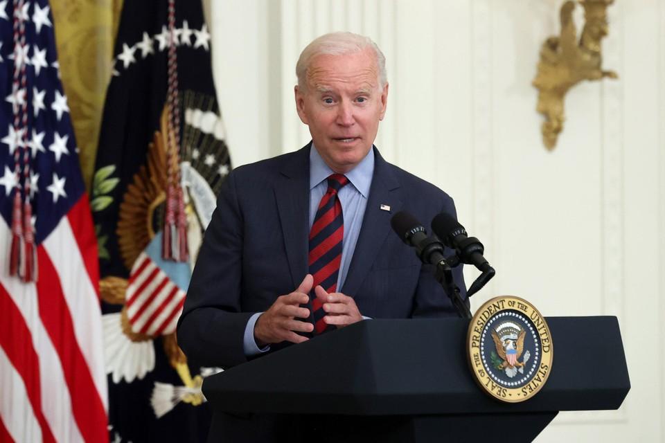 Ook Biden vindt dat de Democratische gouverneur moet opstappen.