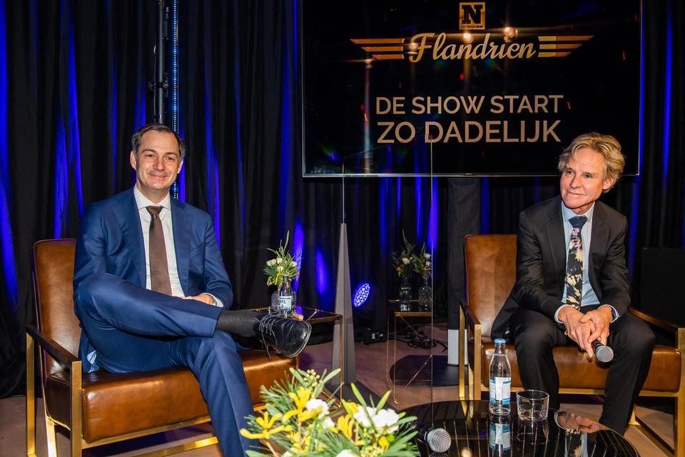 De premier zei in het gesprek met de chef sport en presentator Karl Vannieuwkerke dat hij het publiek hard gemist heeft tijdens de Ronde van Vlaanderen.