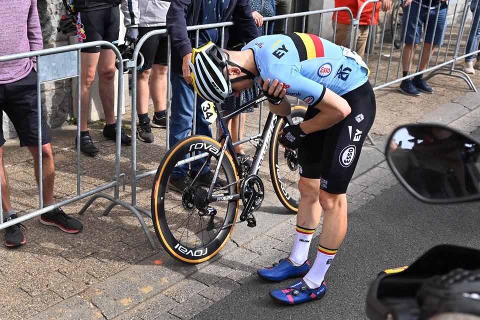 Arnaud De Lie moest opgeven na zijn val.
