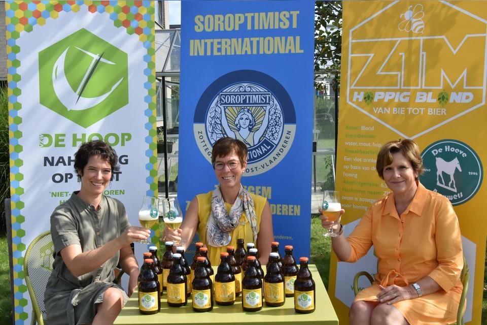Annelies Bourgonjon, Griet Van Caenegem en Marina Fauconnier.