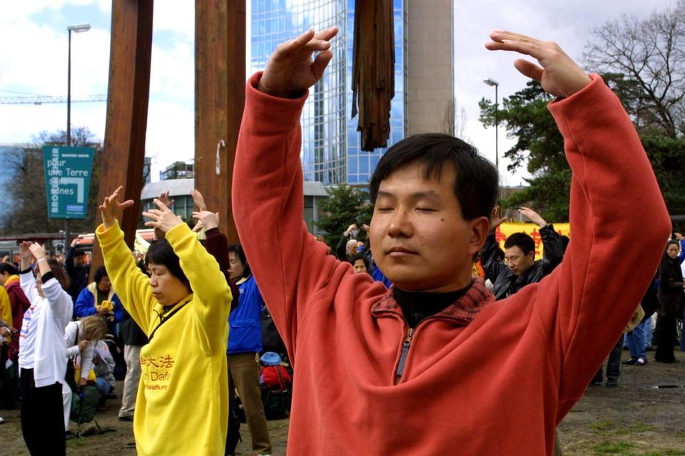 Vooral aanhangers van de spirituele Falun Gong-beweging zouden al geviseerd zijn/