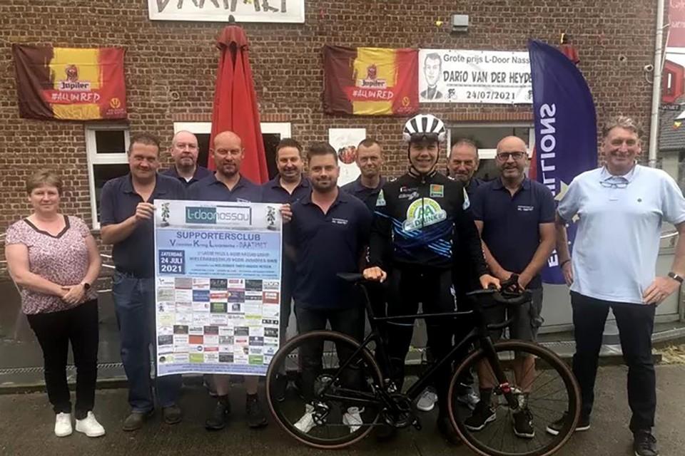 Dario Van Der Heyden weet zich gesteund door zijn Daatmet-supporters.