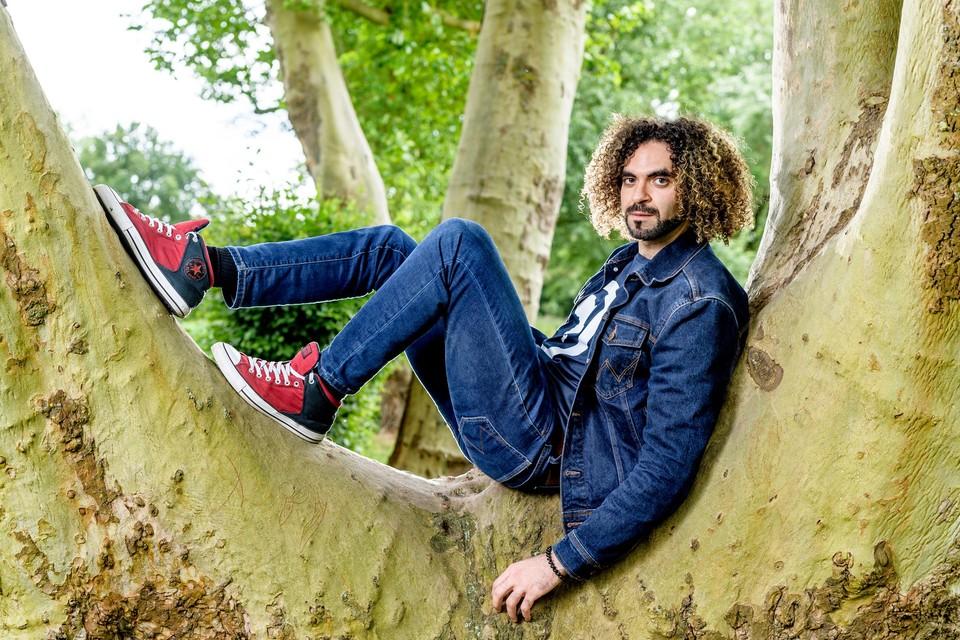 """Adil El Arbi: """"In België is je enige beperking het budget, maar artistiek kan je zowat doen wat je wil. Dat is bevrijdend."""""""