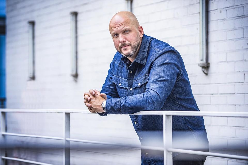 Hoofdinspecteur Danny Kampers leidt de jacht op de deelnemers in het nieuwe Play4-programma 'Klopjacht'.