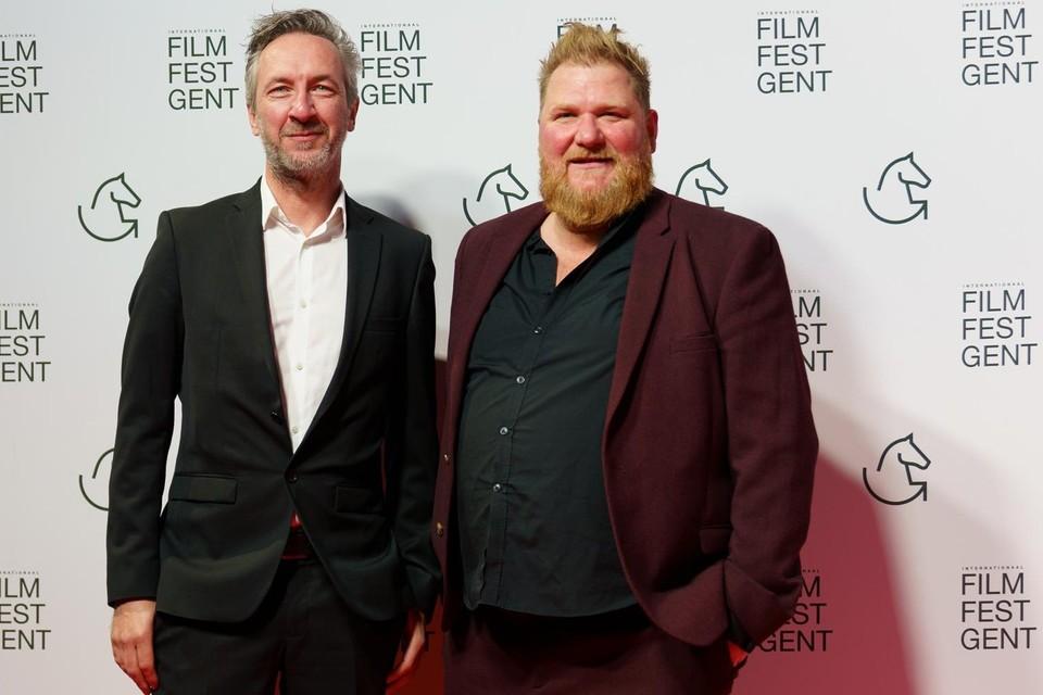 Regisseur Peter Monsaert (links) met acteur Dominique Van Malder (rechts), die een tiendaagse filmmarathon plant.