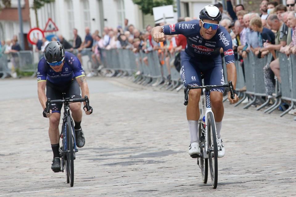 Jonas Rickaert was de snelste in Westrozebeke. Luke Mudgway veroverde de dichtste ereplaats.